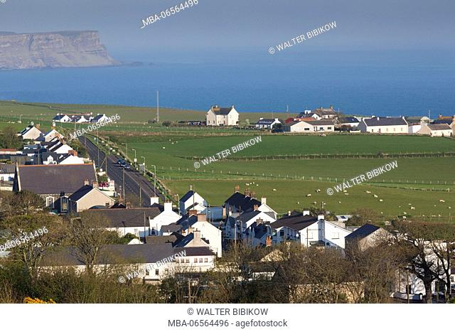 UK, Northern Ireland, County Antrim, Ballintoy, elevated town view