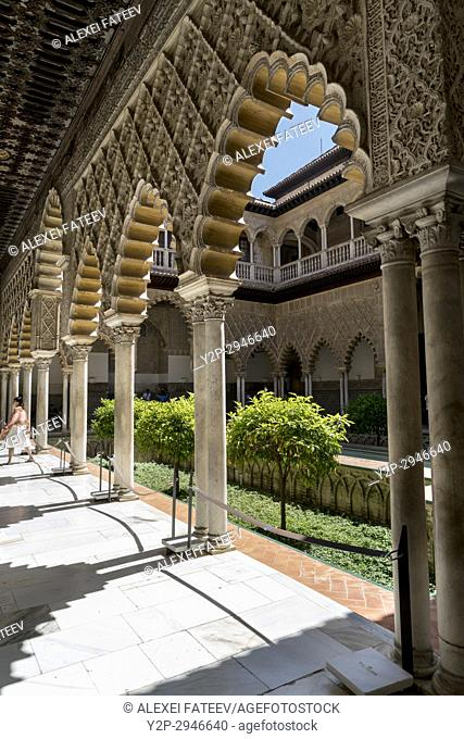 Maidens Courtyard (Patio de las Doncellas) in Alcázar of Seville. Seville, Andalucía, Spain