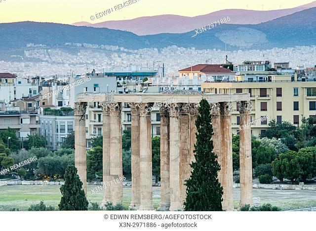Athens Greece - The Temple of Zeus and city
