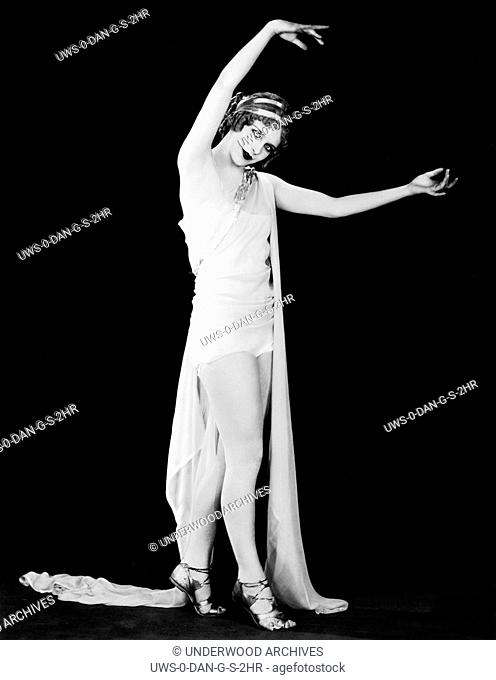 Hollywood, California: c. 1927 Actress Virginia Thomas as the Goddess Hera in the movie, The Private Life of Helen of Troy