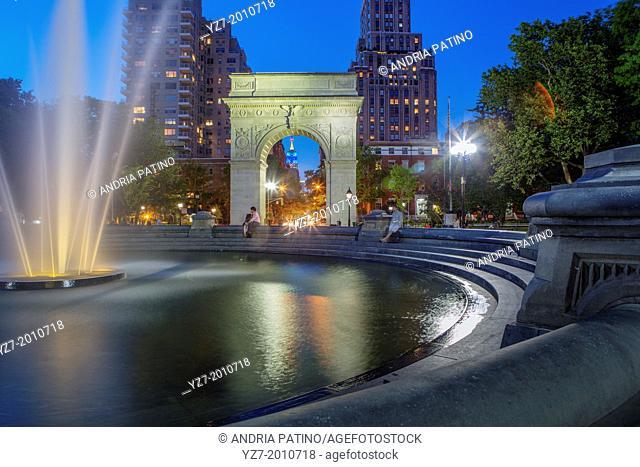 Washington Square Park Central Fountain, New York, New York, USA