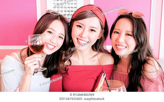 beauty women selfie and dine in restaurant