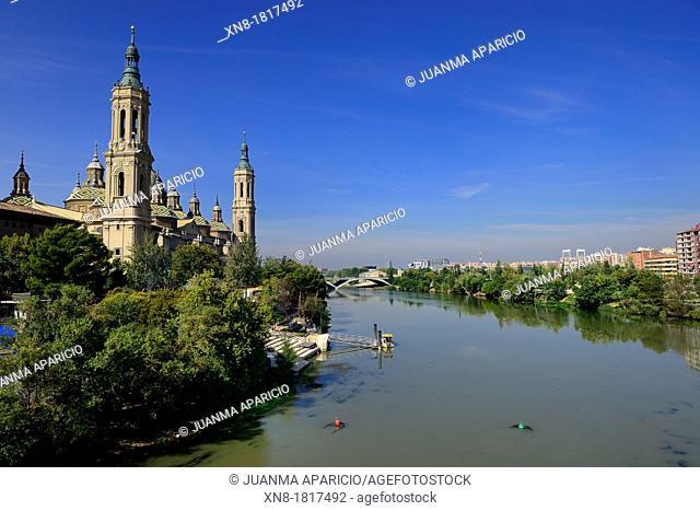Ebro river with the Basilica del Pilar, Zaragoza, Spain