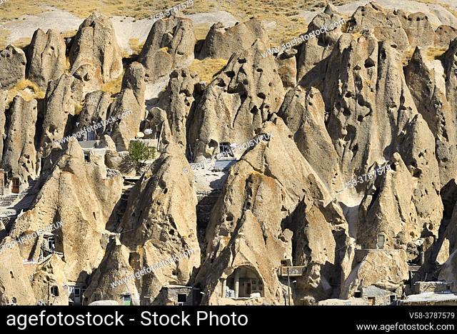 Iran, East Azerbaijan province, Kandovan troglodyte village