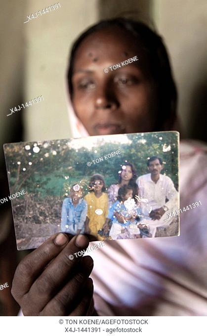 family of pakistani Aasia Bibi, sentenced to death for blasphemy