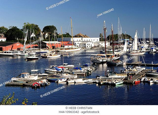 USA, United States, America, East Coast, Maine, New England, coastal, coast, harbour, Camden, town, boats, marina