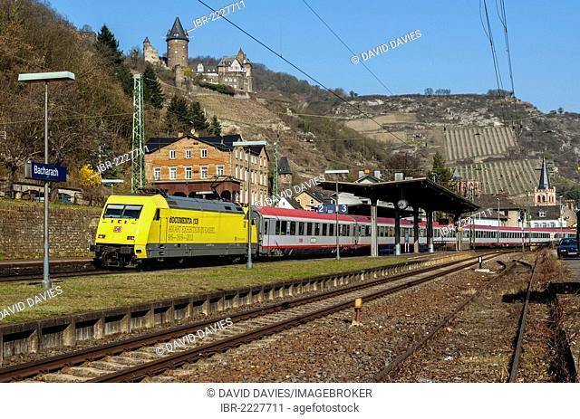 Eurocity train passing through Bacharach, Upper Middle Rhine Valley, UNESCO World Heritage Site, Rhineland-Palatinate, Germany, Europe
