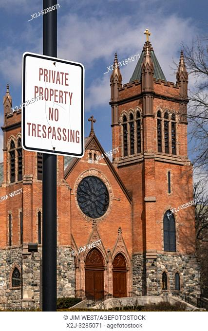 "Grosse Pointe Farms, Michigan - A ""no trespassing"" sign posted at St. Paul on the Lake Catholic Church. The church is located on the shore of Lake St"