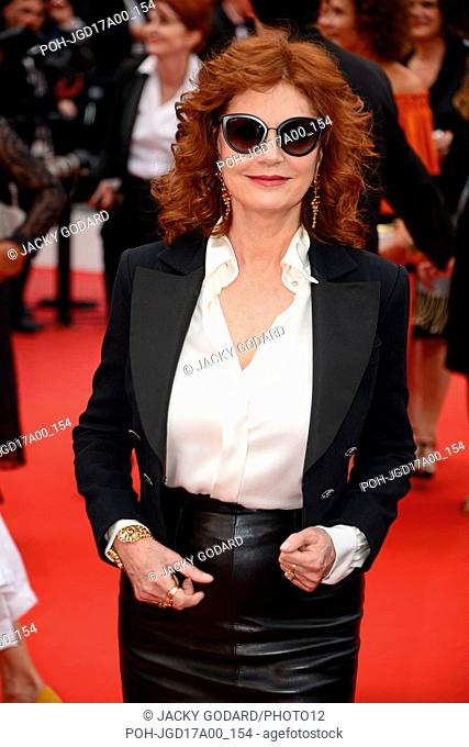 Susan Sarandon (clothes by Chanel) Arriving on the red carpet for the film 'Nelyubov' 70th Cannes Film Festival May 18, 2017 Photo Jacky Godard