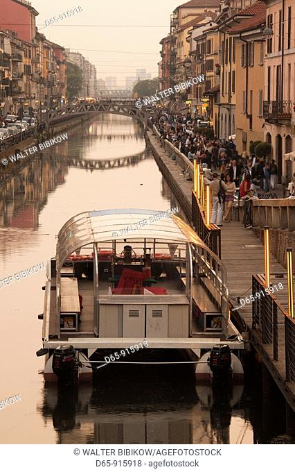 Italy, Lombardy, Milan, Naviglio Grande, canal area, cafes and restaurants, dusk, NR