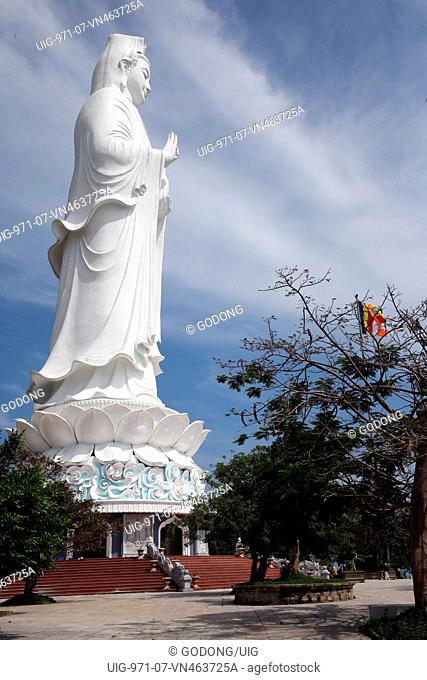Linh Ung buddhist pagoda. Quan Am bodhisattva of compassion or goddess of Mercy or lady Buddha. Giant statue 67 m