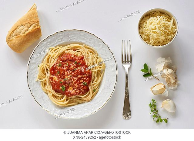 Dish of Spaghetti with Red Pesto