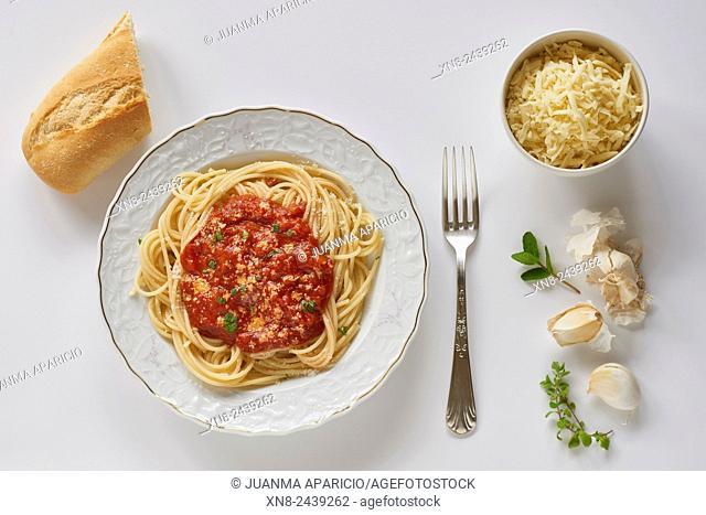 Dish of Spaghetti with Red Pesto