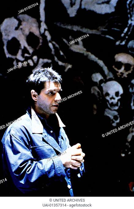 Colin Friels Harvey (Colin Friels) will die Machenschaften der Engländer vollständig aufdecken. Die hatten damals, ohne Rücksicht auf die Ureinwohner