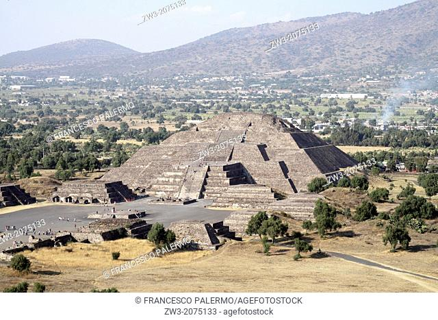 View of the Pyramid of moon building. Teotihuacan, Mexico