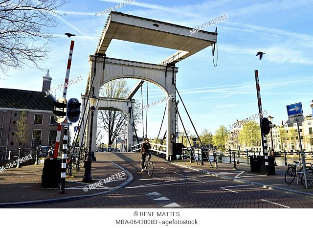 Netherlands, North Holland / Noord-Holland, Amsterdam, Amstel River, Bridge over Nieuwe Herengracht canal