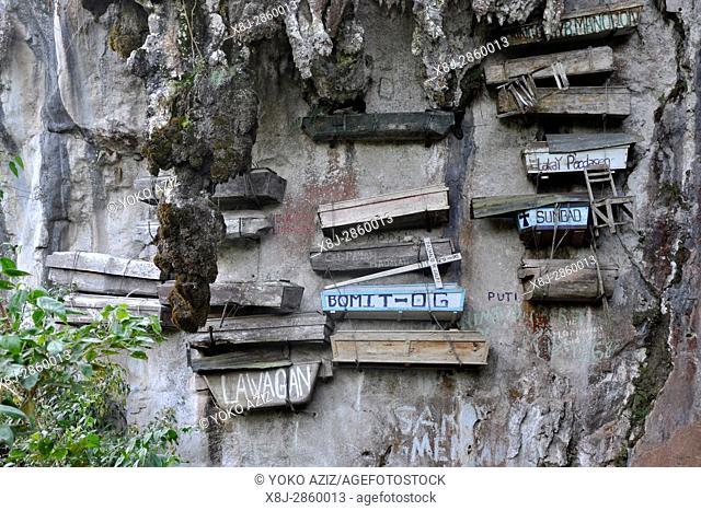 Philippines, Sagada, hanging coffins