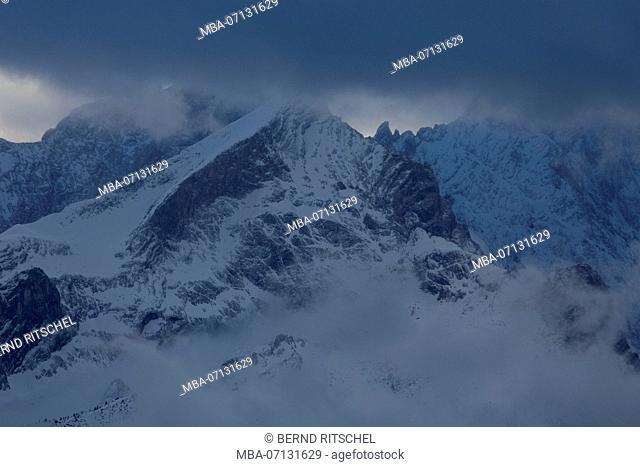 view from the Estergebirge (mountain range) to Wetterstein with Alpspitze in winter, close Garmisch, Bavarian Alps, Bavaria, Germany