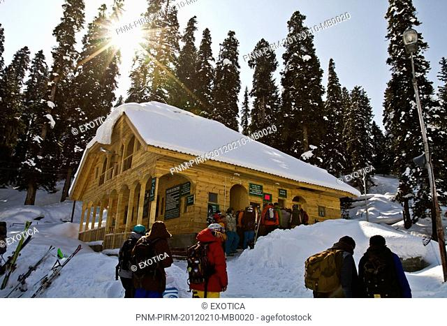 People at tourist resorts, Kashmir, Jammu And Kashmir, India