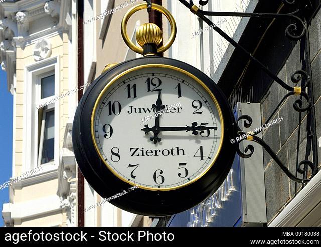 Europe, Germany, Hamburg, Bergedorf, Sachsentor, pedestrian precinct, City, Einkauffstrasse, advertising for jeweler Zieroth, pocket watch