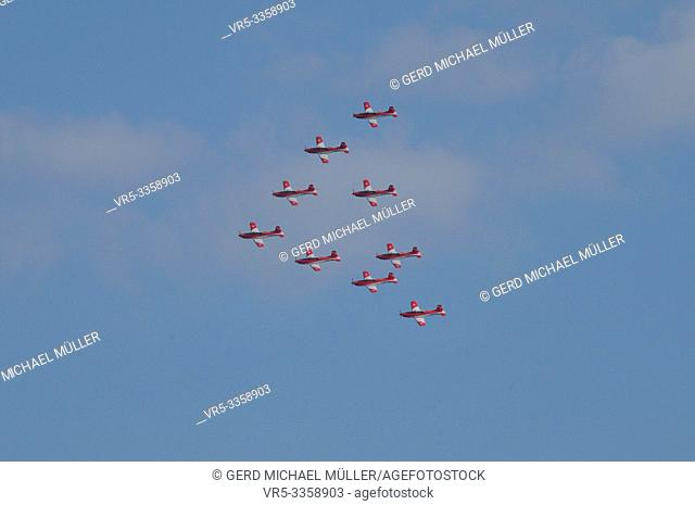 Patrouille Suisse Airshow above Zürichs Sky with Swiss Army airplaine PC-7 Pilatus Porter
