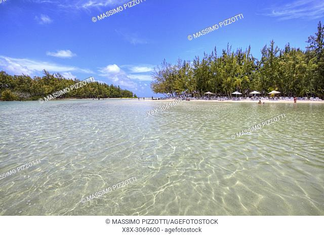 The clear water and white beaches in Ile aux Cerfs, Mauritius