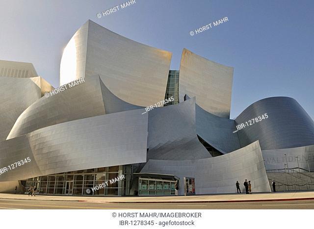 Walt Disney Concert Hall, partial view, architect Frank O. Gehry, Los Angeles, California, USA