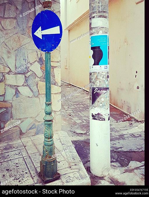 Verkehrsschild in Griechenland-road sign in greece