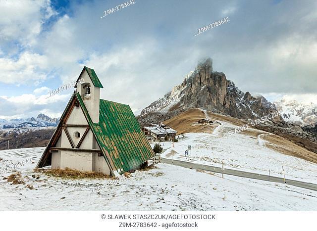 Giau Pass near Cortina d'Ampezzo, Dolomites, Italy