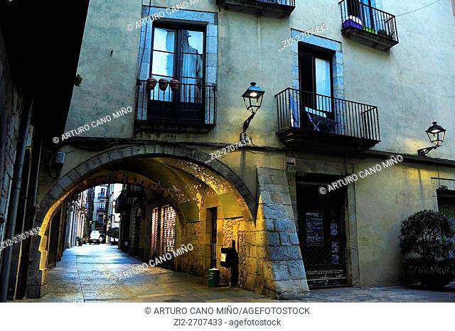 Barri Vell (Historical Downtown). Girona, Spain