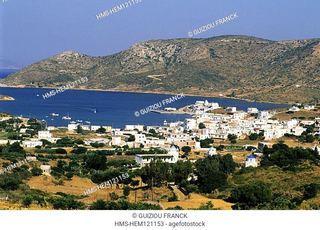 Greece, Dodecanese, Lipsi island, panorama over the harbour and the town of Lipsi