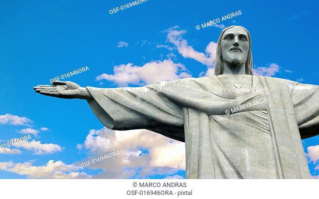 cristo redentor statue rio de janeiro