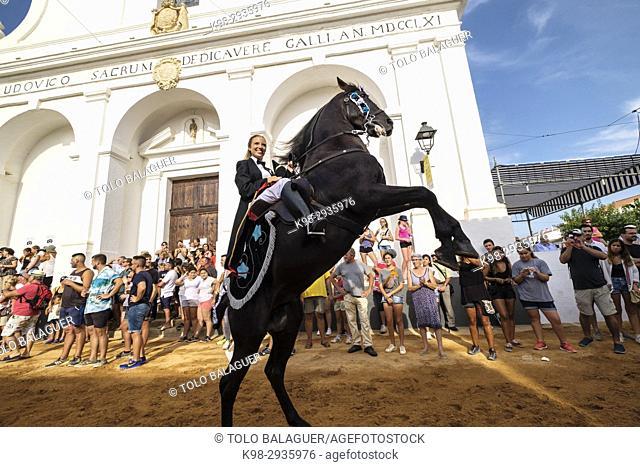 Colcada, cabalgada de recogimiento de Caixers, fiestas de Sant Lluís,Iglesia Parroquial de Sant Lluís, estilo neoclásico