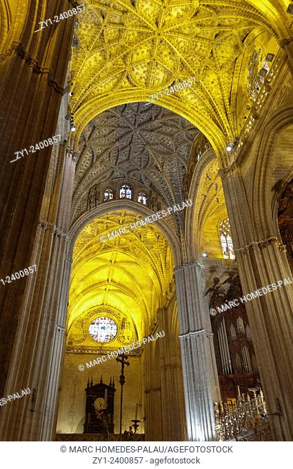 Decoration and Gothic vault (Cathedral of Seville)
