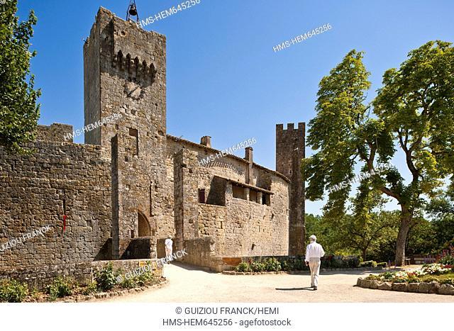 France, Gers, Larressingle, stop on the Route of Compostela, labelled Les Plus Beaux Villages de France The Most Beautiful Villages of France