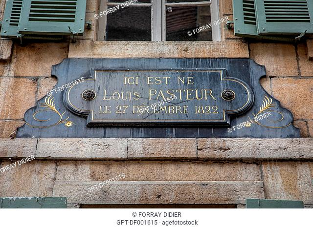 COMMEMORATIVE PLAQUE ON THE FACADE OF THE BUILDING WHERE LOUIS PASTEUR WAS BORN IN DOLE, FRENCH SCIENTIST AND CHEMIST WHO DEVELOPED THE VACCINE FOR RABIES, DOLE