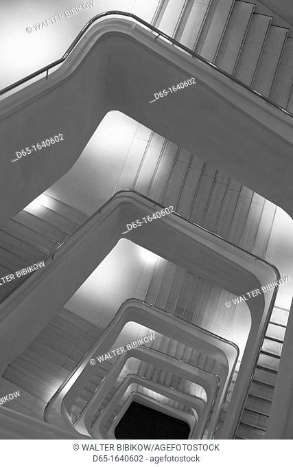 Spain, Madrid, Paseo del Prado Area, Caixa Forum, Herzog and de Meuron architects, interior, staircase
