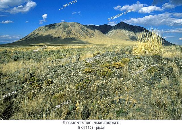 Big Southern Butte volcanoe, Oregon Trail, Idaho, USA