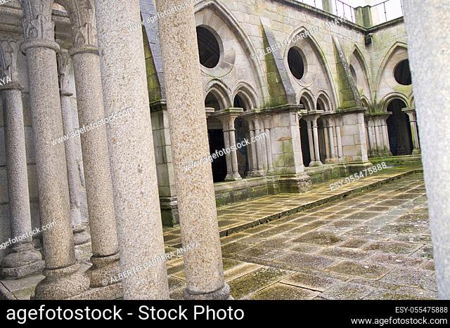 Gothic cloisters, Porto Cathedral, Romanesque Monument, World Heritage Site, Oporto, Porto, Portugal, Europe