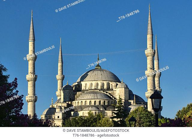 The Blue Mosque Sultanahmet Mosque, symbol of Istanbul, Turkey