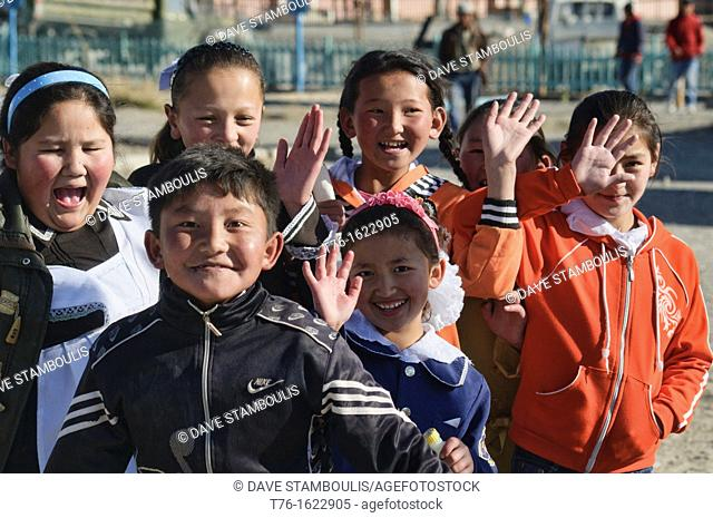 schoolchildren in Bayan-Ölgii in Western Mongolia