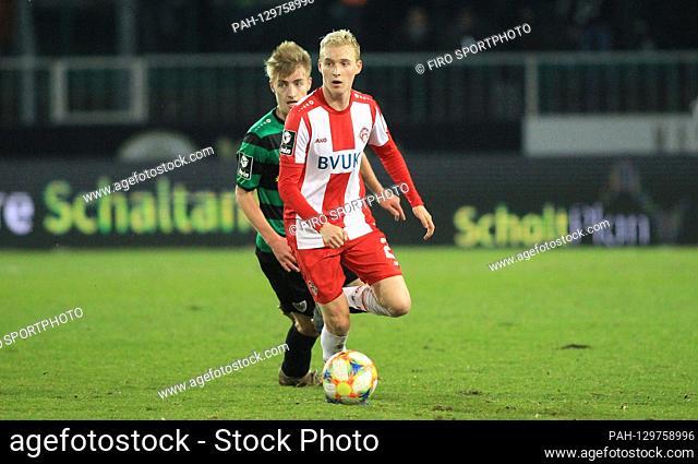 firo: 14.02.2020 Football, 2019/2020 3.Bundesliga SC Preussen Preussen Munster Muenster - Kickers Wurzburg Wurzburg 0: 0 Luke Hemmerich