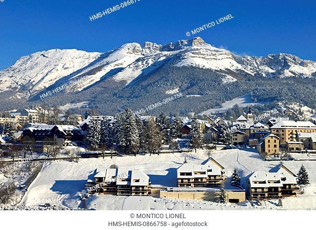 France, Isere, Parc Naturel Regional du Vercors (Natural Regional Park of Vercors), village of Villard de Lans in winter