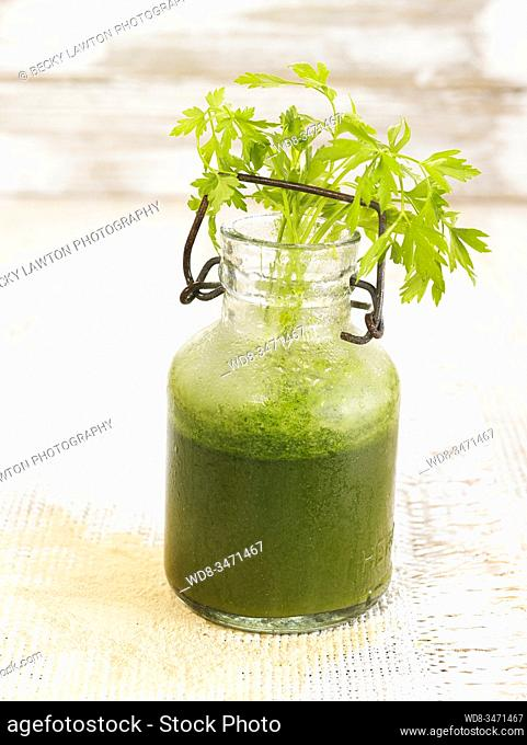 zumo de zanahoria perejil / parsley carrot juice