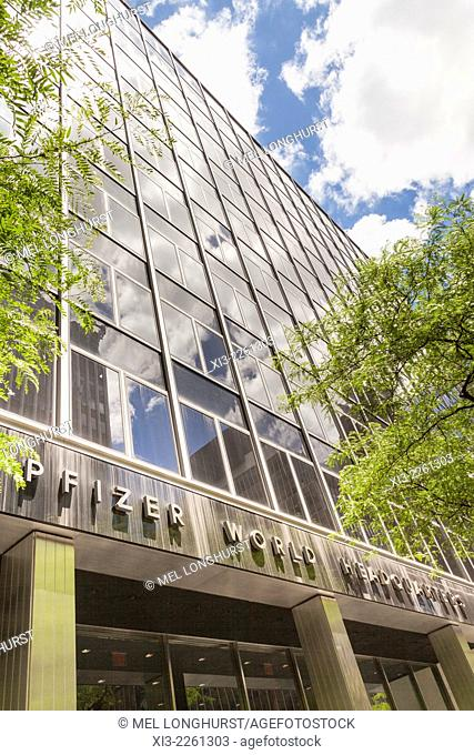 Pfizer World Headquarters East 42nd Street Manhattan New York City New York Usa Stock Photo Picture And Rights Managed Image Pic Xi3 2261303 Agefotostock