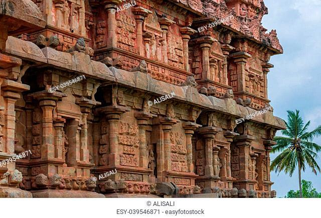 ancient Temple, bas-reliefs at the Gangaikonda Cholapuram, South India