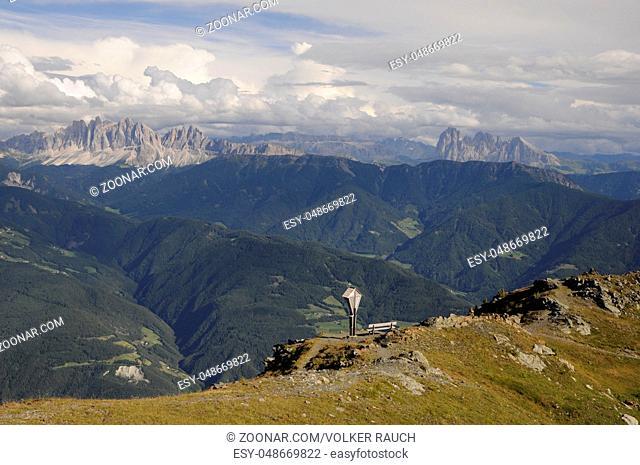bildstock, marterl, Geislerspitzen, geisler, dolomiten, sass rigais, furchetta, berg, berge, langkofel, langkofelgruppe, alpen, gipfel, bergspitze, bergspitzen