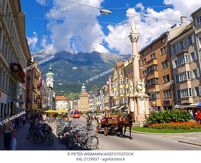 horse-drawn carriage in the old town, Austria, Tyrol, Innsbruck