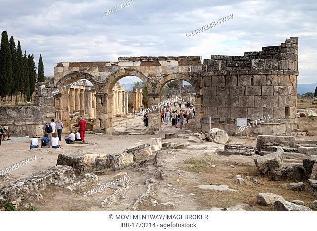 Domitian Gate, Hierapolis, Pamukkale, Denizli, Turkey, Asia
