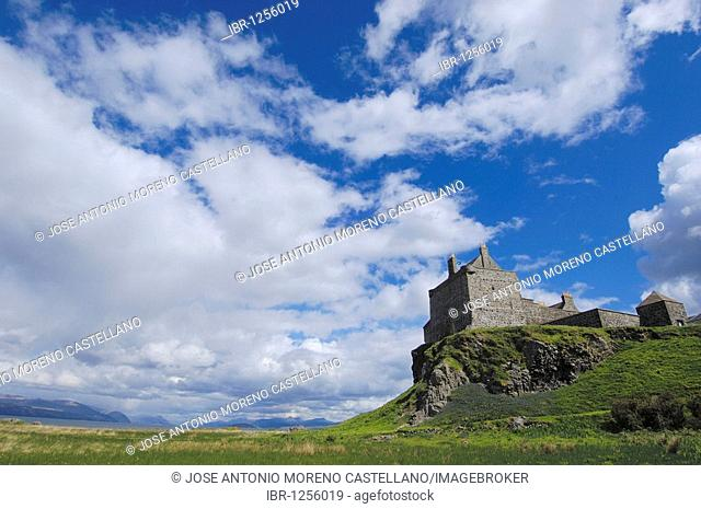 Duart Castle, Craignure, Isle of Mull, Scotland, United Kingdom, Europe